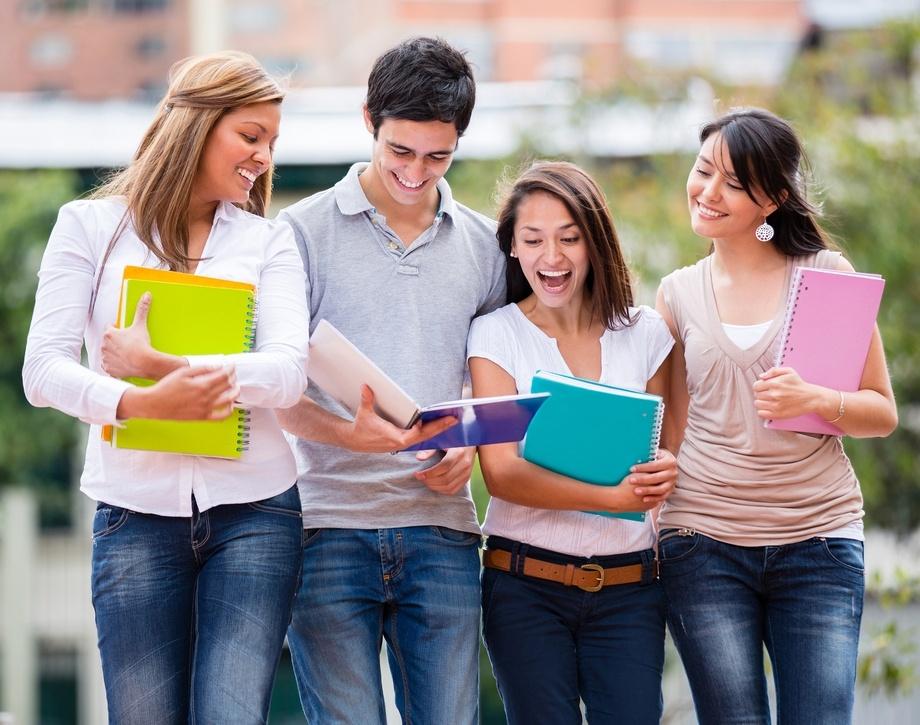 Los 5 beneficios de estudiar idiomas en el extranjero en la adolescencia